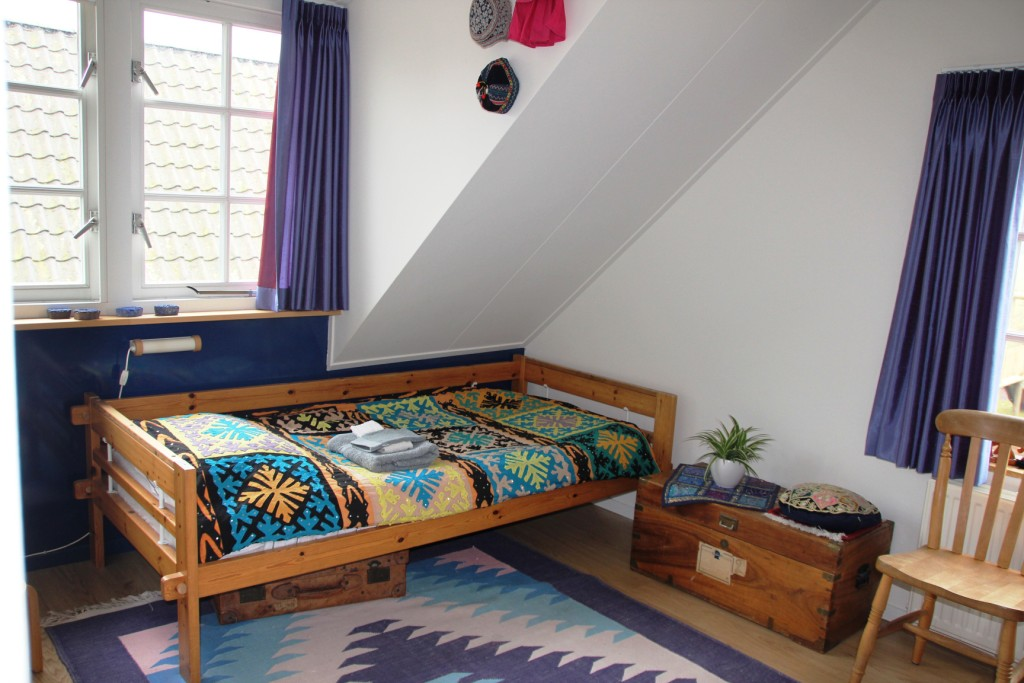Pakistan kamer bed 2 klein